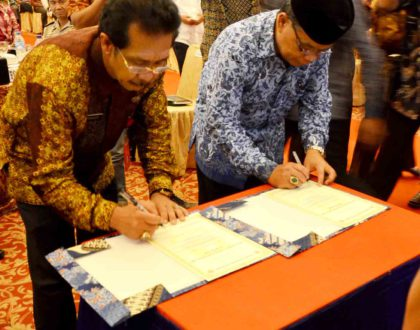 Jambi University and the Head Department of Agriculture  Jambi Province Signed Agreement