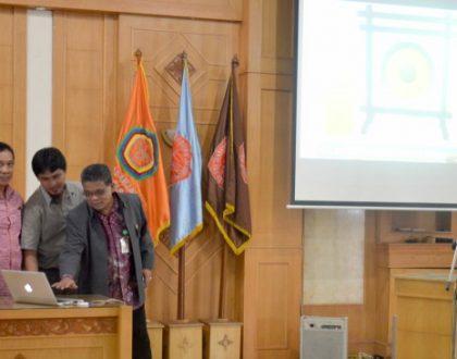 Rektor Resmikan Wajah Baru Website Unja