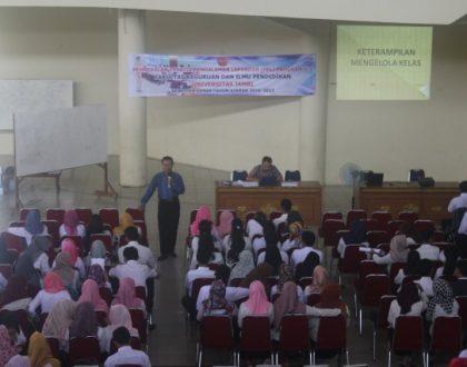 Tingkatkan Kualitas Mahasiswa PPL Melalui Micro Teaching