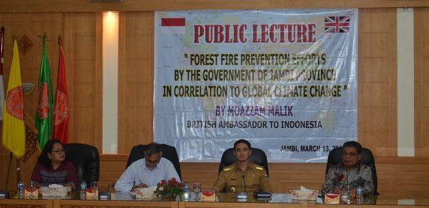 British Ambassador Gave a Public Lecture at UNJA