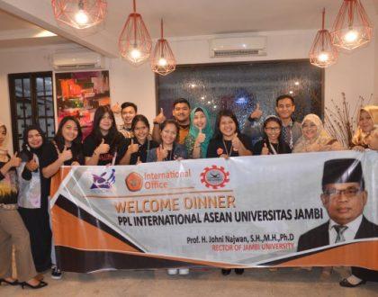 KUI GELAR WELCOME DINNEKUI GELAR WELCOME DINNER UNTUK MEYAMBUT PESERTA PPL ASEAN