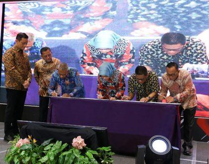 Rektor Tanda Tangani MoU Program Kewirausahaan Sosial