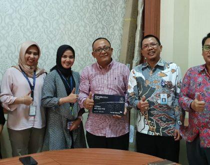 REKTOR SAMBUT KUNJUNGAN GARUDA INDONESIA BRANCH OFFICE JAMBI